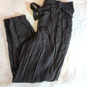 Paperbag Trousers, black, tapered leg